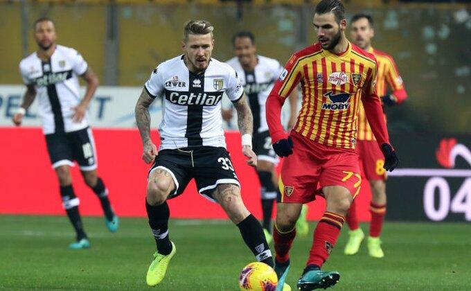I Parma sprovodi mere smanjenja troškova, igrači se odrekli plate