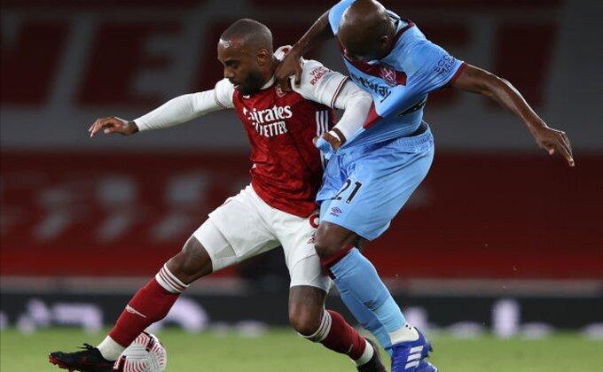 Arsenal se mučio, ali slavio u londonskom derbiju!