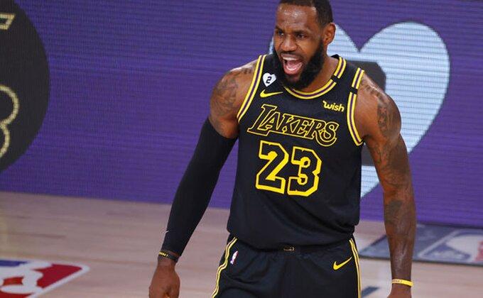 NBA - SVE je odloženo, i Lebron je besan!