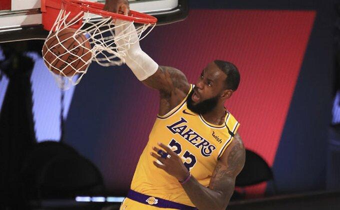 """Zvanično - LeBron čeka, Lejkersi rivala dobijaju tek nakon """"plej-in"""" serije!"""