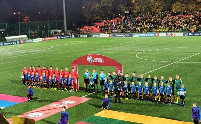 Litvanci, poslušajte selektora, Srbija će vam biti zahvalna!