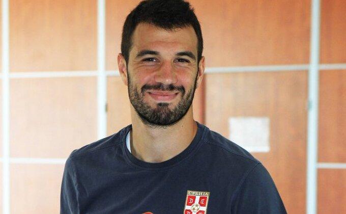 Luka Milivojević majstorski matirao Živka Živkovića!