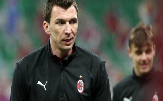 Neobičan početak u Milanu, Mandžukić zanemeo pred saigračima!