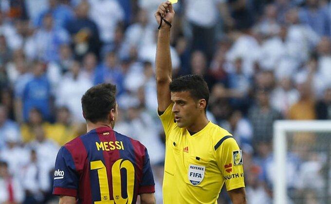 Spasio Milan u 120. minutu, isključio i razbesneo Mesija - sada će suditi Zvezdi na San Siru!