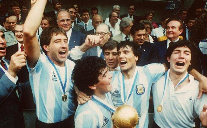 Mesi i smrt ideologije, nikad kao Maradona!
