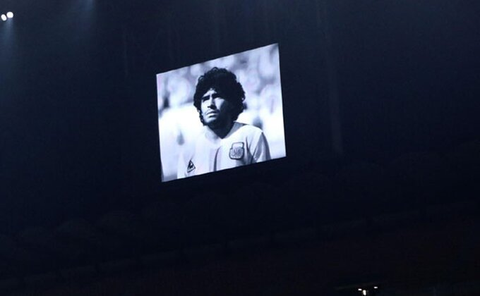 Impresivno! Argentinci priredili spektakl u čast Maradone!