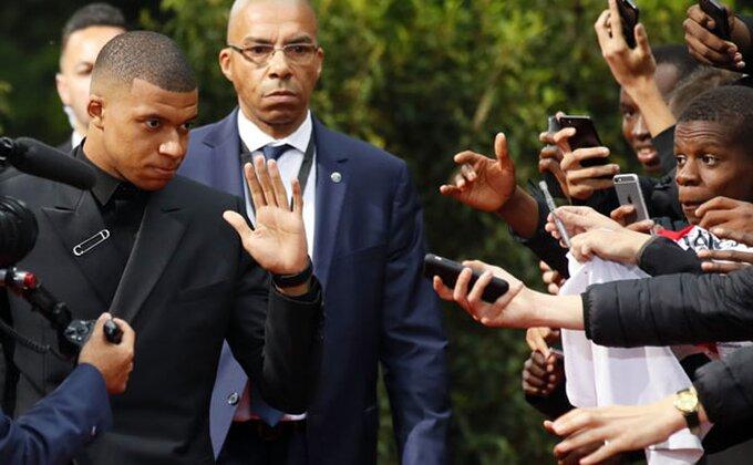 Oglasio se Mbape, da li je vreme za Real?