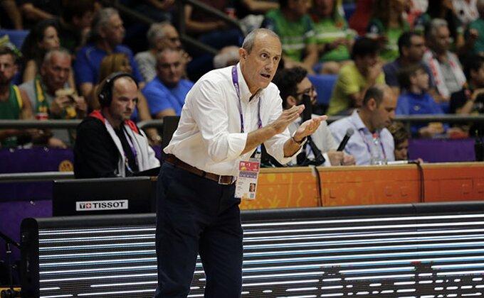 "Etore Mesina: ""U ekipi nema mesta za Džejmsa"""
