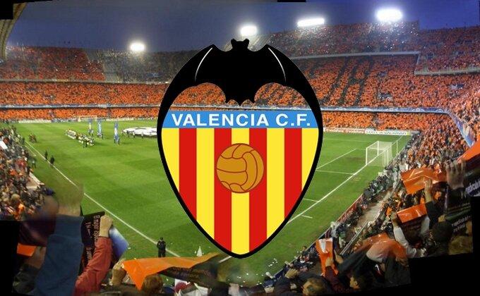 Zvanično - Valensija kupila štopera za 13 miliona