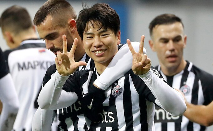 Asano pred transferom - Čeka ga dobro poznato lice?