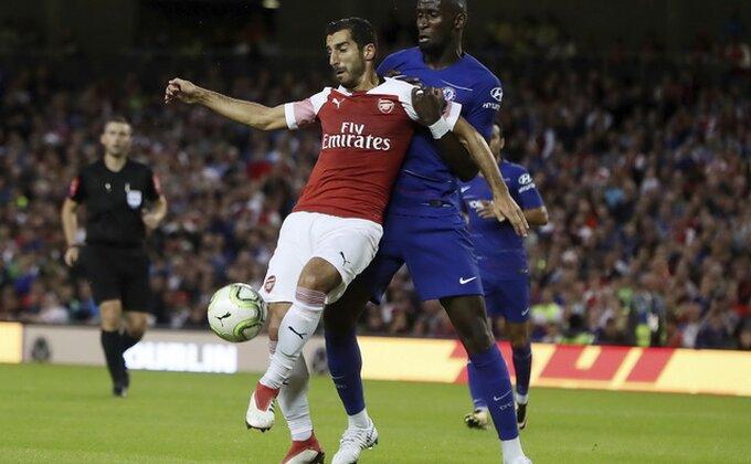 Čelsi prokockao pobedu, Arsenal slavio posle penal-serije