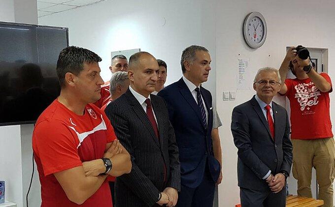 Zvezdi stiže još 5 miliona, sprema Partizanu ''osvetu'' za Stojketa!?