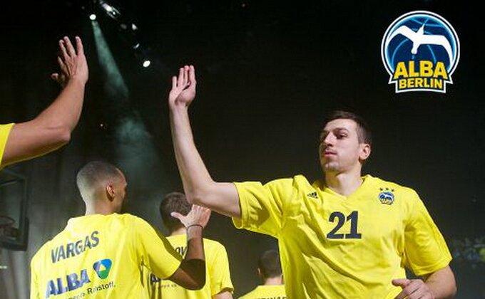 Alba pet od pet, Gagi najbolji!