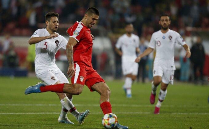 Poluvreme - Srbija napada bez efekta, Paragvajcima poništen gol...