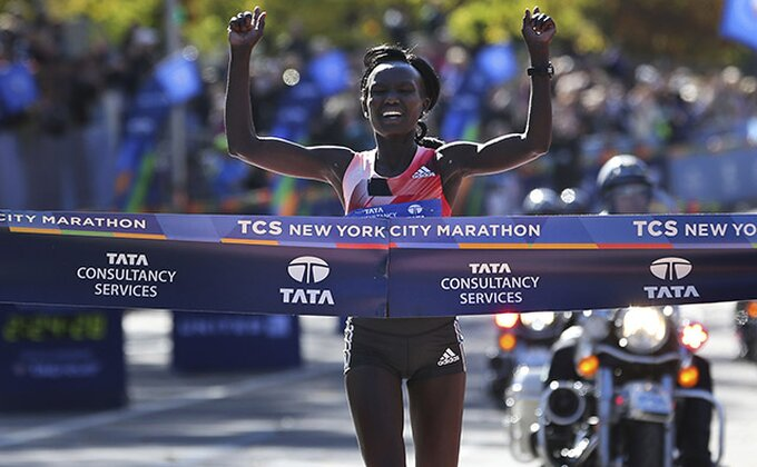 Meri Kejtani treći put uzastopno trijumfovala na Njujorškom maratonu