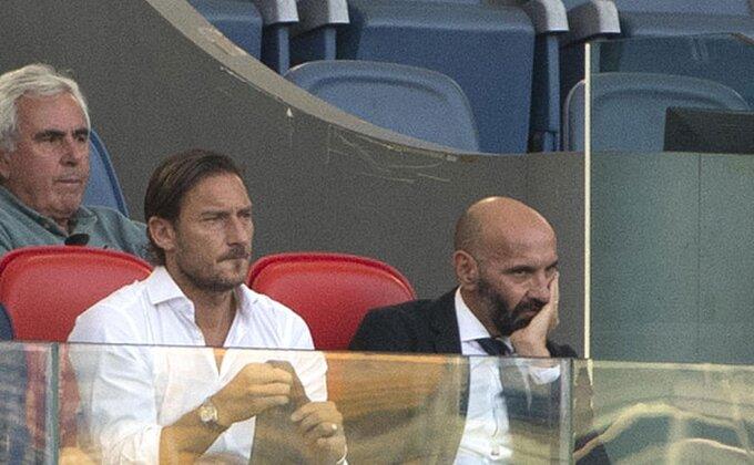Roma našla zamenu za Džeka, Monći pravi probleme?!