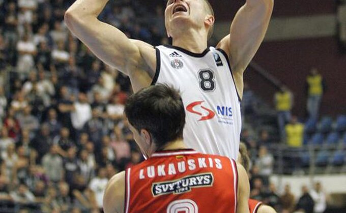 EK - Poraz Asesofta, Partizanu treba čudo!