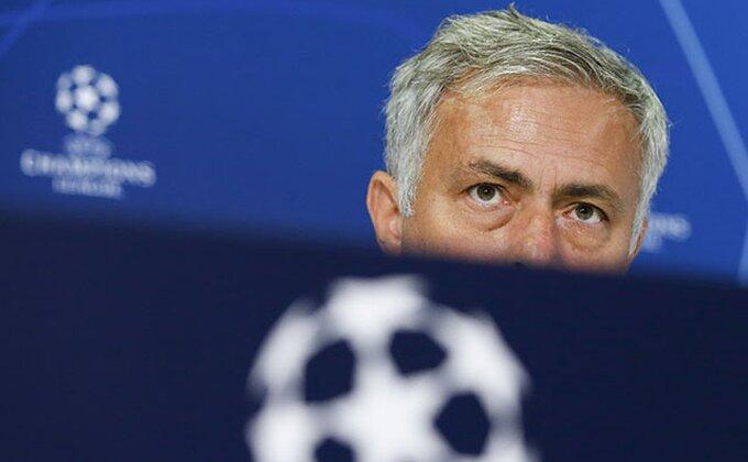 Murinjo besan, klub ima 460 miliona razloga da ga ignoriše!