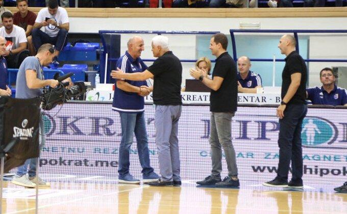 Trenera Mornara zasmejavaju novinari koji prate Partizan