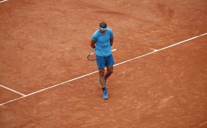 Tek što mu je krenulo, Nadalov meč opet prekinut!
