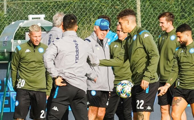 Napoli - Drakonske kazne, novi trener, posle ovoga će izbiti ustanak!