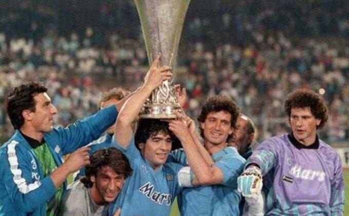 """Poslednji pozdrav """" El Pibeu"""" sa """"Dijego Armando Maradona"""" stadiona!"""