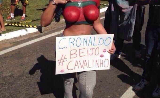Seksi dobrodošlica Ronaldu u Brazilu, šta će Irina reći na ovo? (FOTO)