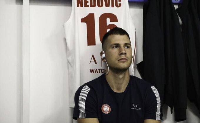EL - Iznenađenje, Nedović i Micov uzburkali Pirej!