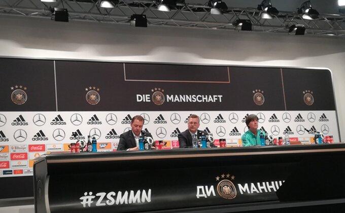 Iz šampionske baze - Nemcima politika važnija od fudbala