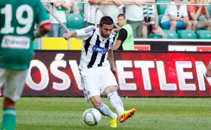 UEFA potvrdila, Aksentijević može na teren