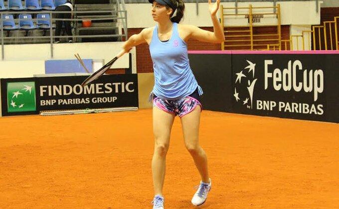 Još jedna srpska teniserka završila učešće na Vimbldonu