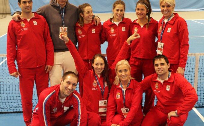 Srbija prošla uprkos porazu Nine Stojanović!