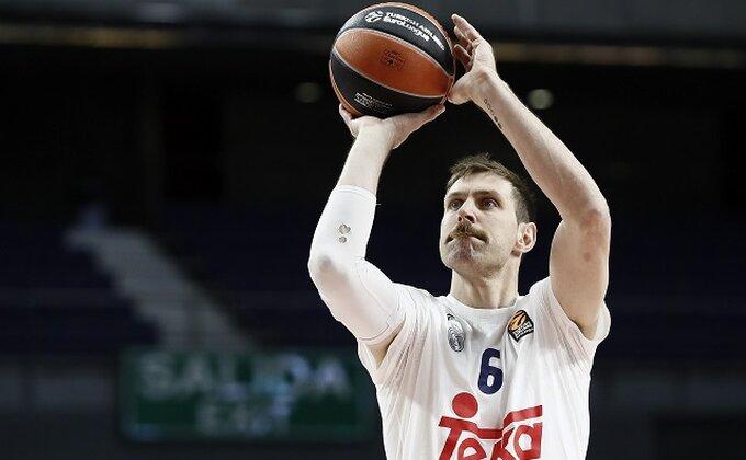 ACB - Srbi se isprsili pred Realom
