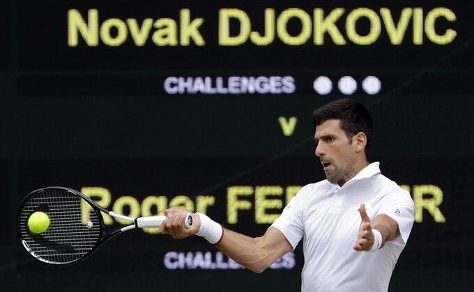 Novak svemogući, jači od Federera i 14 hiljada naprženih Engleza za petu titulu na Vimbldonu!