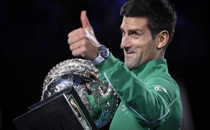 Izašli klinci da odigraju tenis ispred zgrade u Novom Beogradu, kad ono - Novak Đoković!