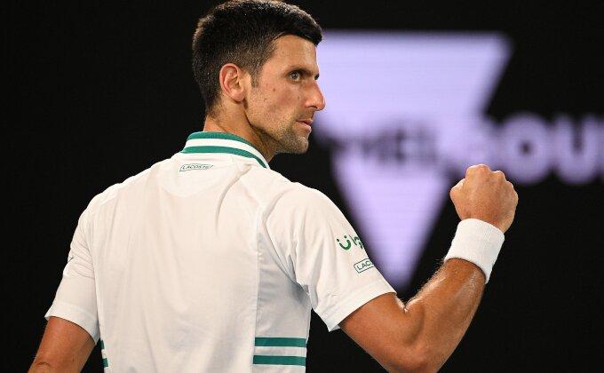 Šta Novak gubi današnjim odustajanjem?