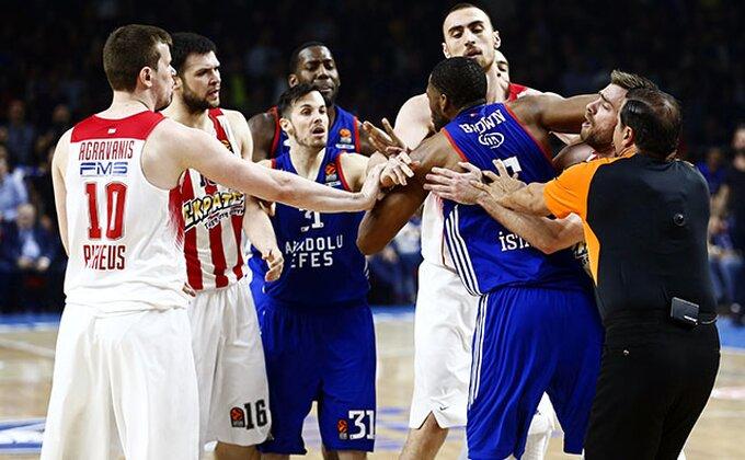 Olimpijakos zakazao majstoricu u Pireju!