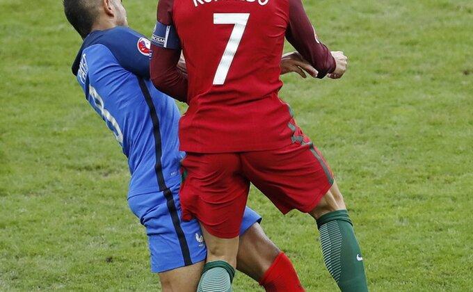Toliko je hvaljen tokom EP, večeras je postao najomraženiji fudbaler!