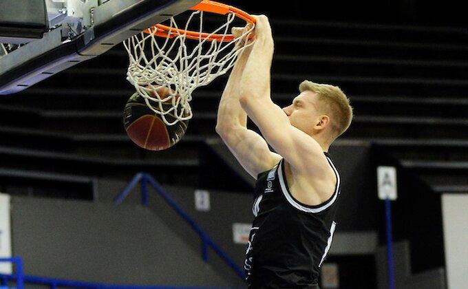 Partizan se silovito osvetio Krki!