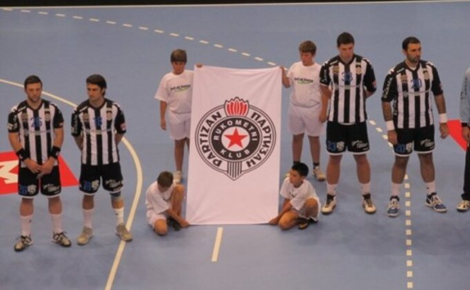 Ljubav prema klubu - Bivši igrač novčano pomogao Partizanu!