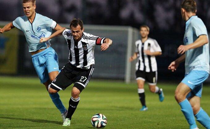 Partizan ipak ostaje bez napadača?