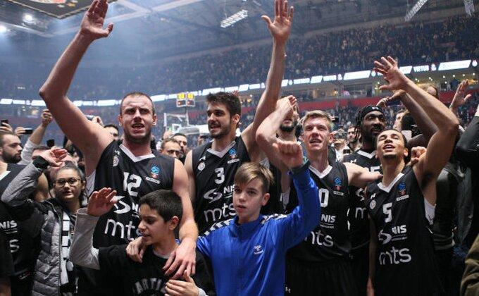 Partizanov trijumfalni povratak u ''Hram košarke''