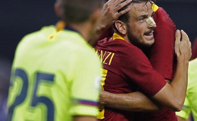 Di Frančesko se toliko iznervirao da je uspeo da povredi ruku!