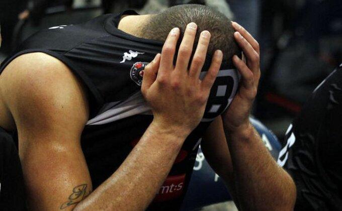 Nolan Smit podelio sliku uplakanih igrača Partizana, pa poslao poruku na srpskom!
