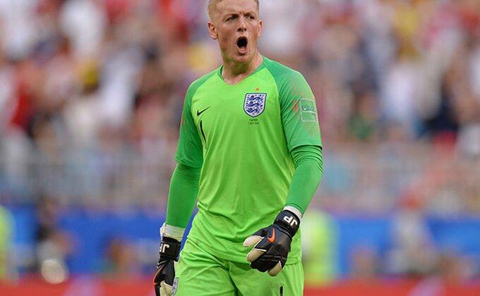 Genijalan potez golmana Engleske oduševio ceo svet!