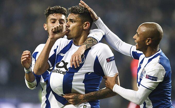 """Primeira: Porto """"petardom"""" do čela tabele"""
