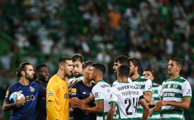 Revija kartona, dva gola i Pepeovo ludilo u Lisabonu, derbi po meri Benfike!