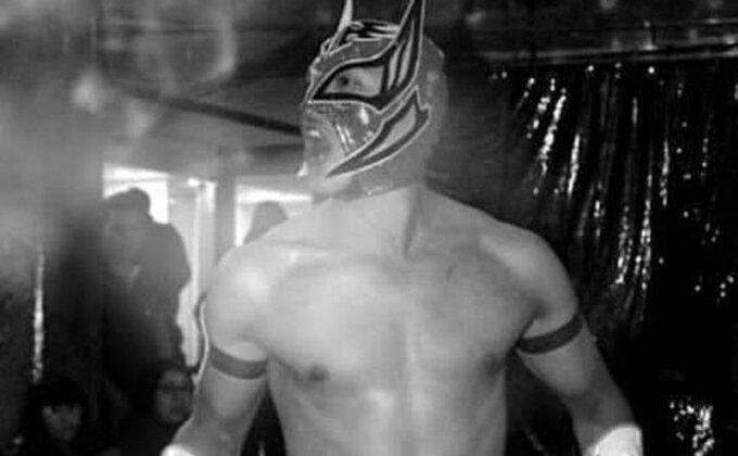 Meksiko u suzama, nije za osetljive, srce stalo u ringu...