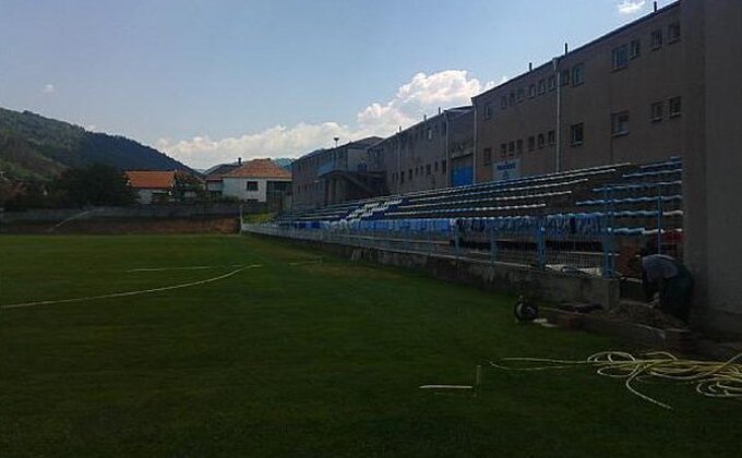 Stadion u Surdulici spreman za premijeru!