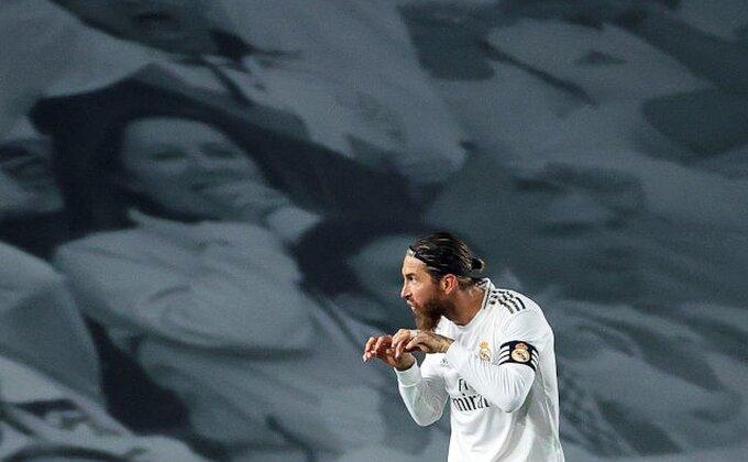 Hit! Ramos asistirao Benzemi iz penala, ali...